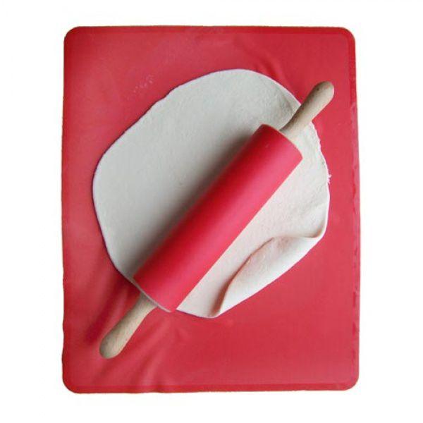Sada silikonový val a silikonový váleček - červená barva JONAS OF SWEDEN