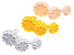 Zobrazit detail - Vykrajovátka na marcipán, vypichovač květina 3 ks
