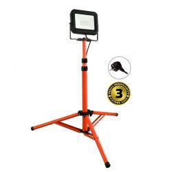 Solight LED venkovní reflektor PRO s vysokým stojanem, 50W, 4250lm, kabel se zástrčkou, AC 230V